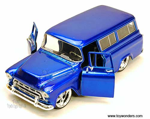 Blue Wave 28 Jada Just Trucks 57 Chevy Suburban