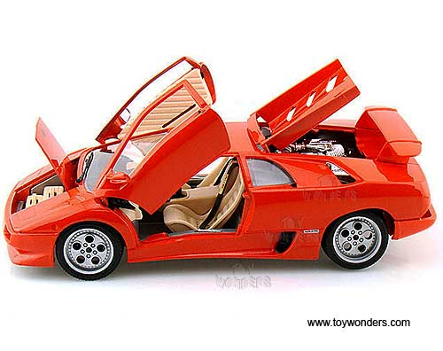 Lamborghini Diablo Hard Top By Bburago Gold 1 18 Scale Diecast Model
