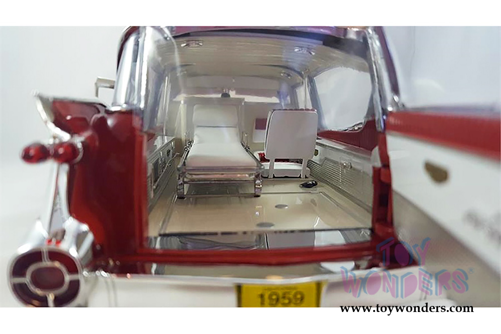 Greenlight Precision Collection - Cadillac Ambulance Hardtop (1959, 1/18  scale diecast model car, Red/White) 18001
