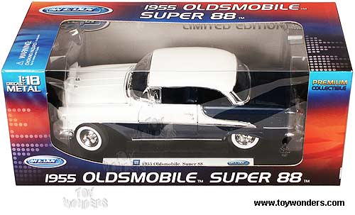 Welly Premium - Oldsmobile Super 88 Hard Top (1955, 1/18 scale diecast  model car, Blue/ White) 19869H