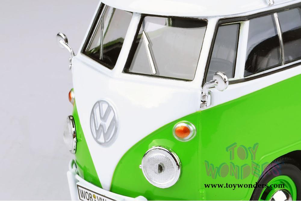 Motormax Volkswagen Type 2 T1 Delivery Van With Roof Rack 1