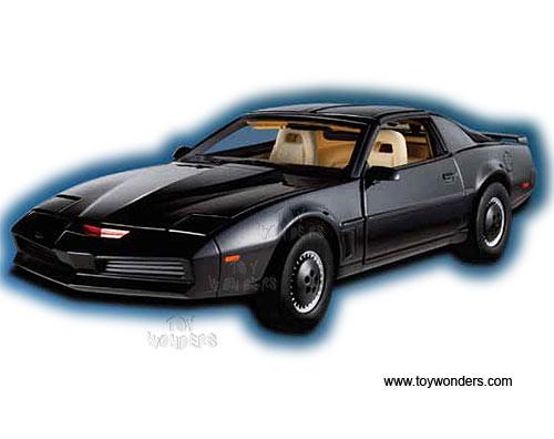 Mattel Hot Wheels Elite - K I T T  Knight Industries Two Thousand w/  Voicebox (1/18 scale diecast model car, Black) BCK00